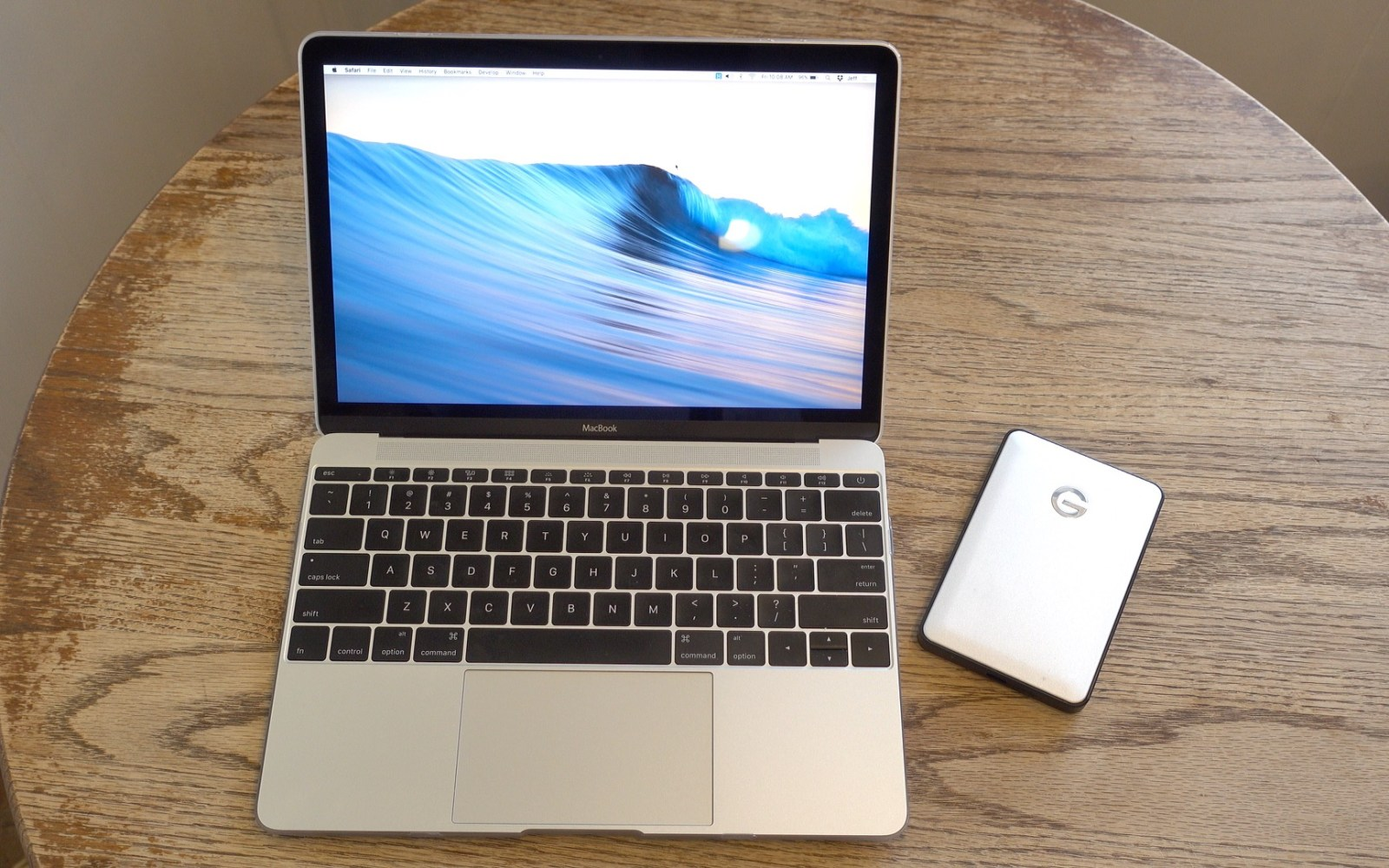 how to format usb drive in macbook