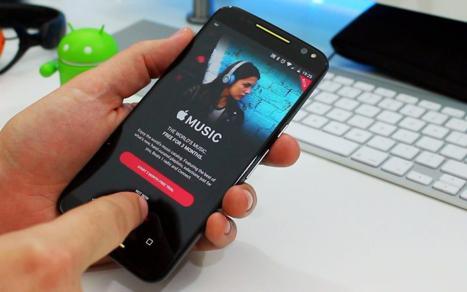 Apple Music for Android exits beta, gains equalizer support & bug