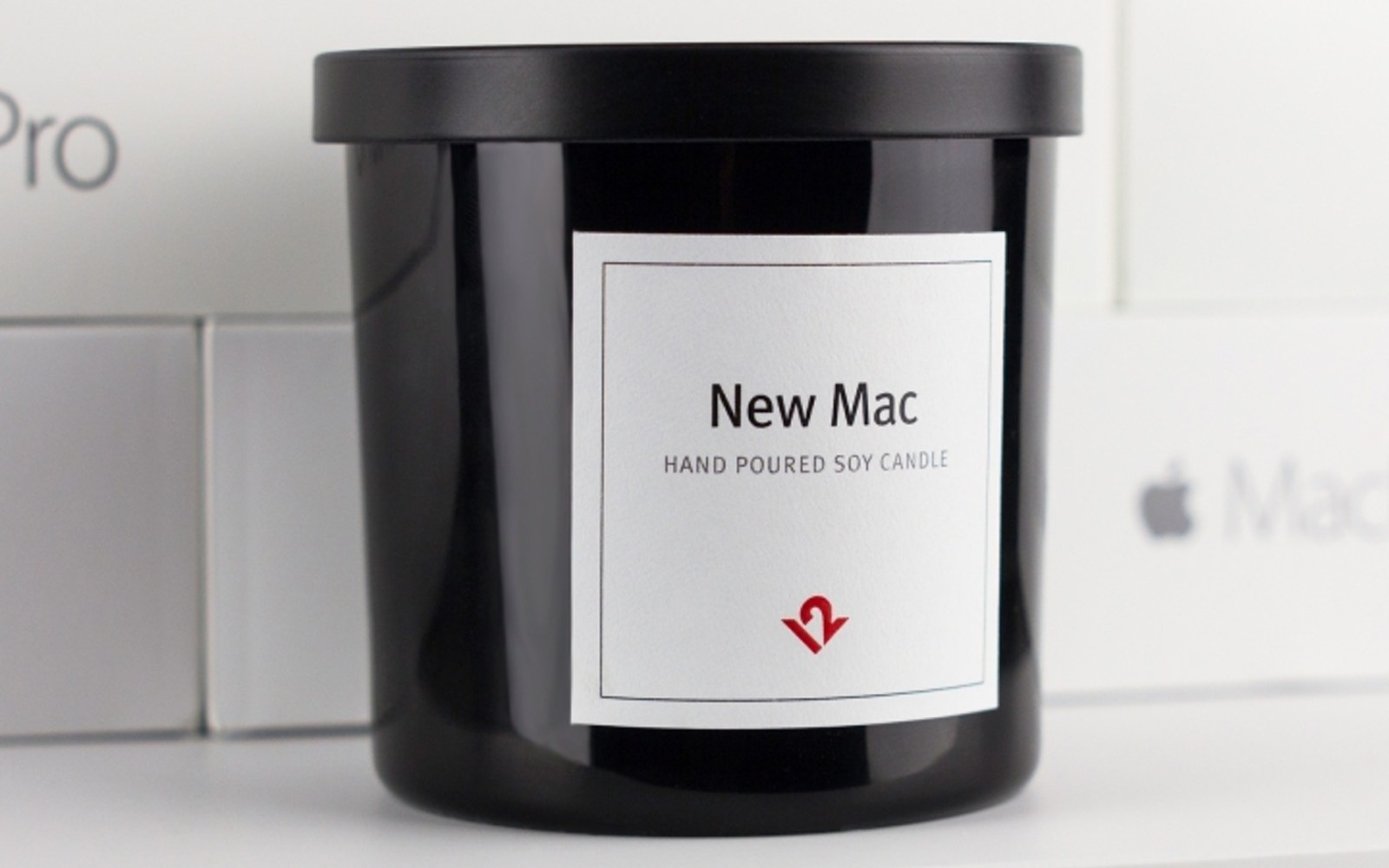 Love that new Mac smell? Now you can buy a candle that smells like a freshly-opened Apple product