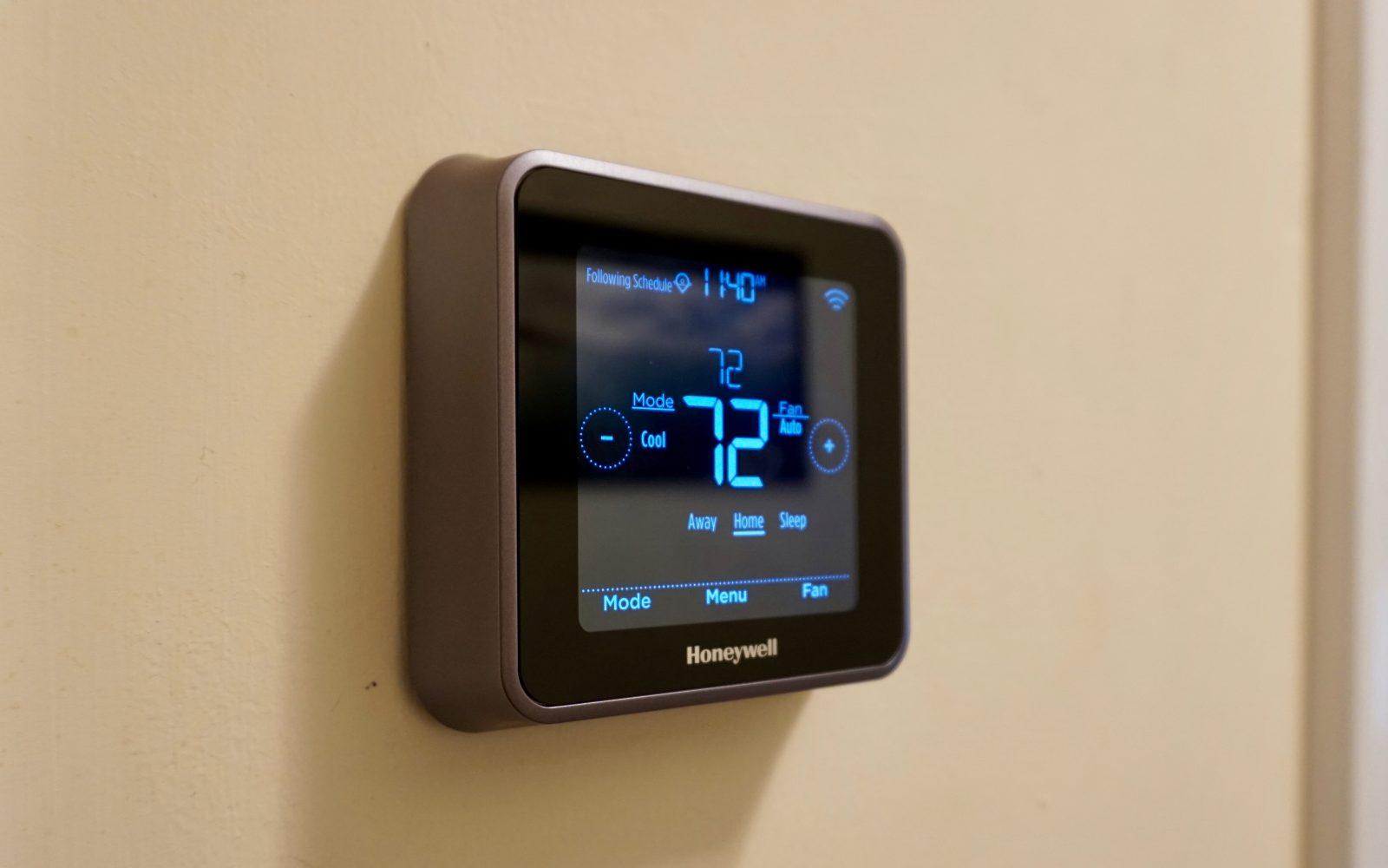 Review: Honeywell Lyric T5 brings HomeKit and touchscreen