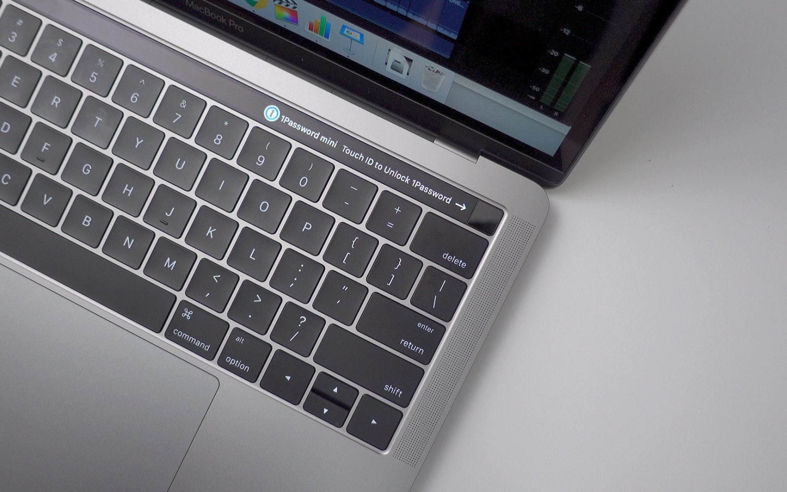 Hands-on impressions: 13-inch MacBook Pro with Touch Bar