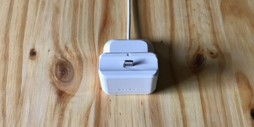 Spigen AirPods Dock 2