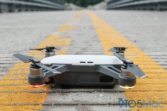 2 DJI Spark Drone Leftside View QuadCopter UAV Small Mini-1005