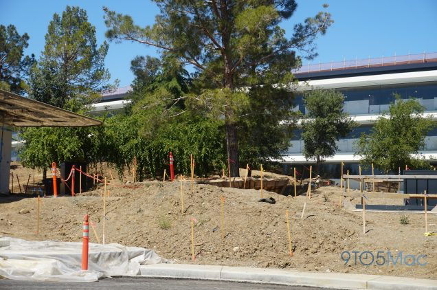 Apple-Park-Campus-2-June-landscaping-06