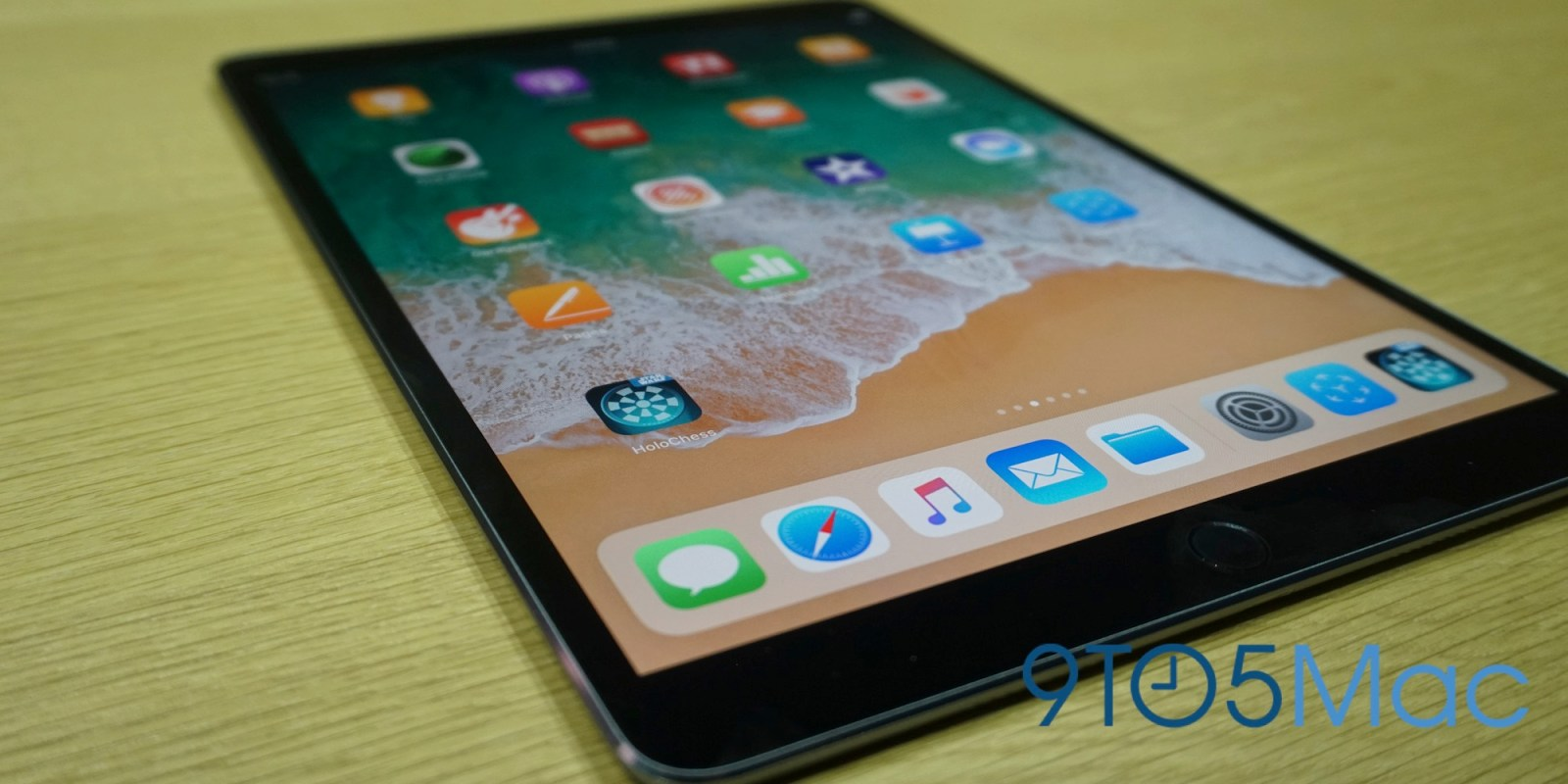 Hands On With The New 10 5 Inch Ipad Pro And Ios 11 S Arkit Video