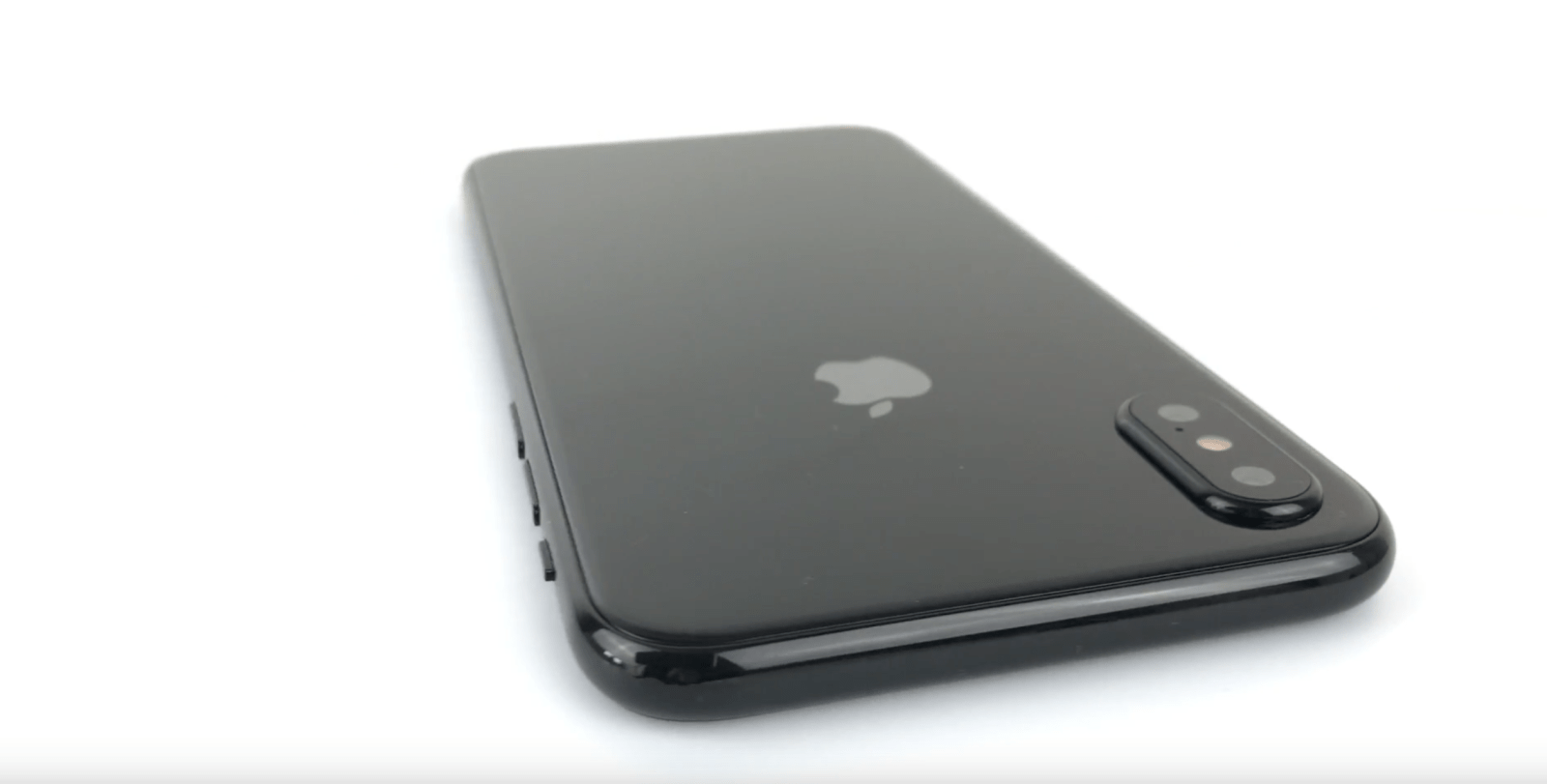 New iPhone 8 dummy hands-on video offers clearest look yet at all-glass design, more