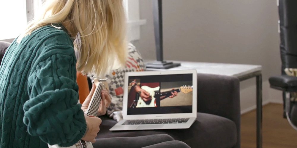 Fender claims its web and iOS guitar apps can teach you to play your first song in minutes