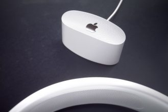 Hajek-Apple-Headphone-HP20