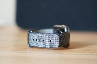 Apple Watch Series 4 24