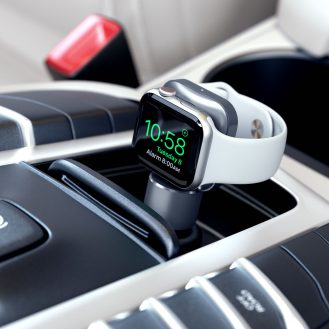 Satechi Apple Watch USB-C charger car