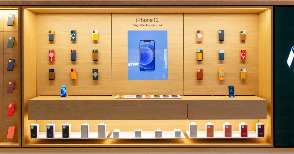 Apple Stores highlight iPhone 12 MagSafe accessories with interactive displays - 9to5Mac