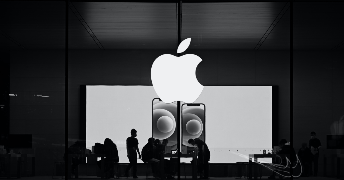 Apple @ Work: Why the Genius Bar is an underrated part of the Mac experience for small businesses thumbnail