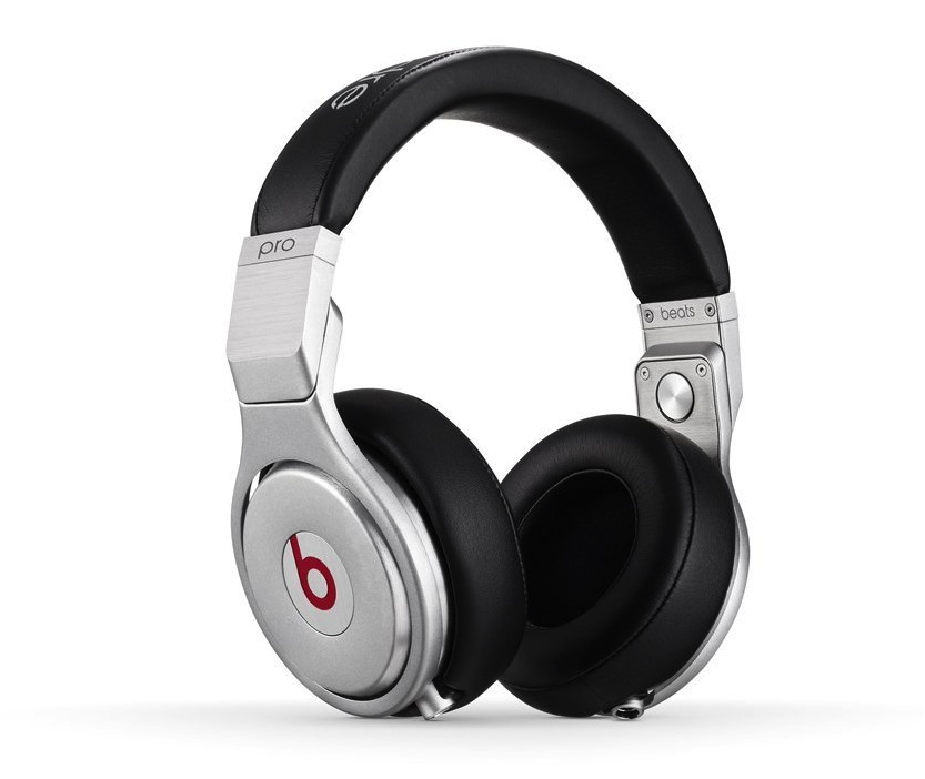 Beats Pro Over-Ear Headphones in sliver:black-sale-01