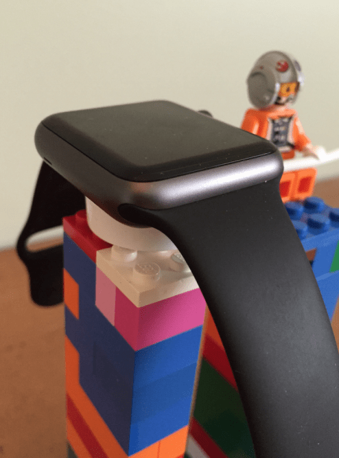 apple-watch-stand-lego-4