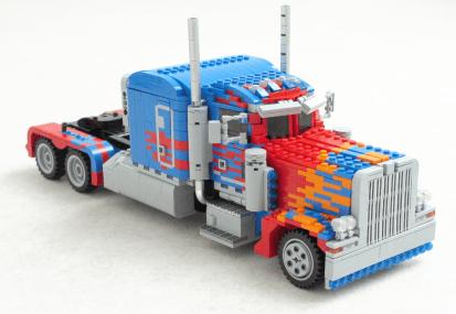 Optimus Prime-Transformer-LEGO-02