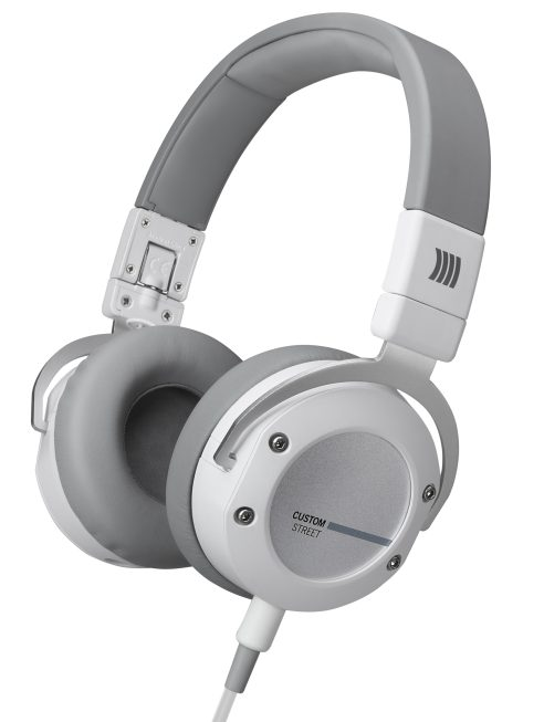 beyerdynamic-kopfhoerer-headphones-headset_Custom-Street_white_perspective_14-11_01