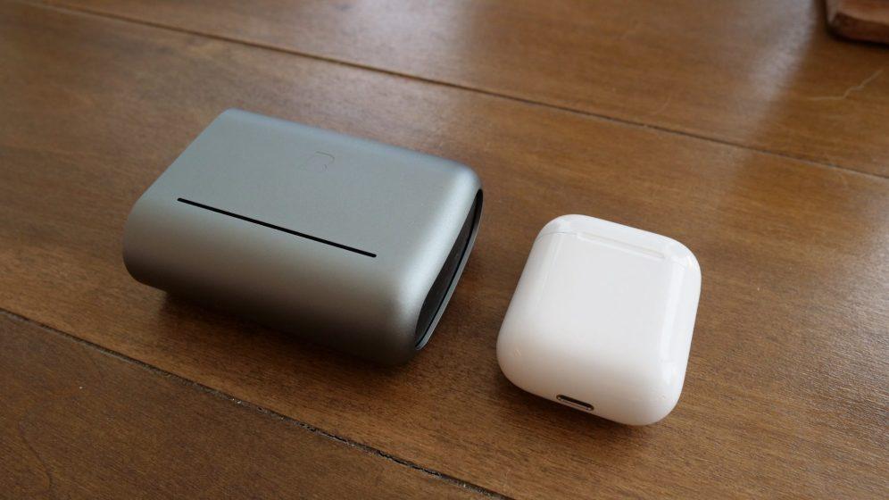 bragi-dash-pro-case-compared-to-airpods-e1502483851517