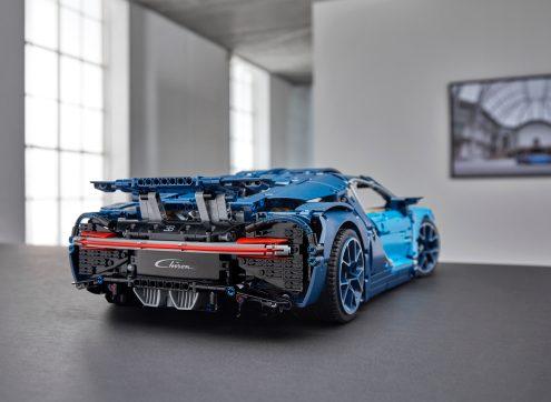 lego-technic-Bugatti-Chiron-10