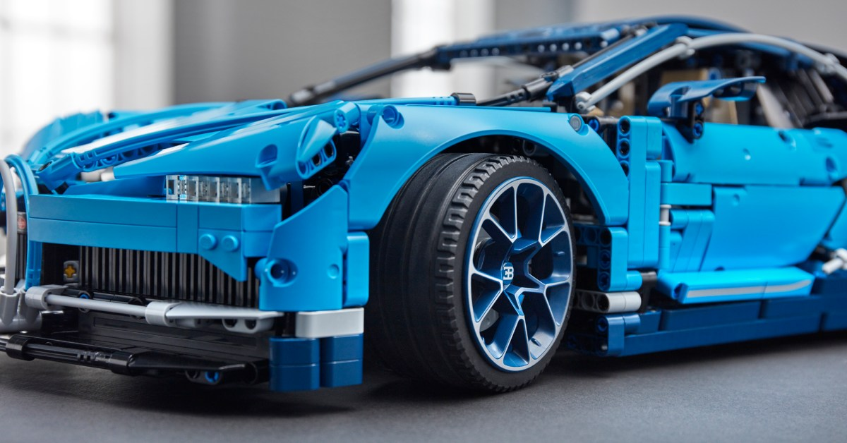 LEGO's 3,600-piece Technic Bugatti Chiron sees rare $70 discount, more from $8 - 9to5Toys