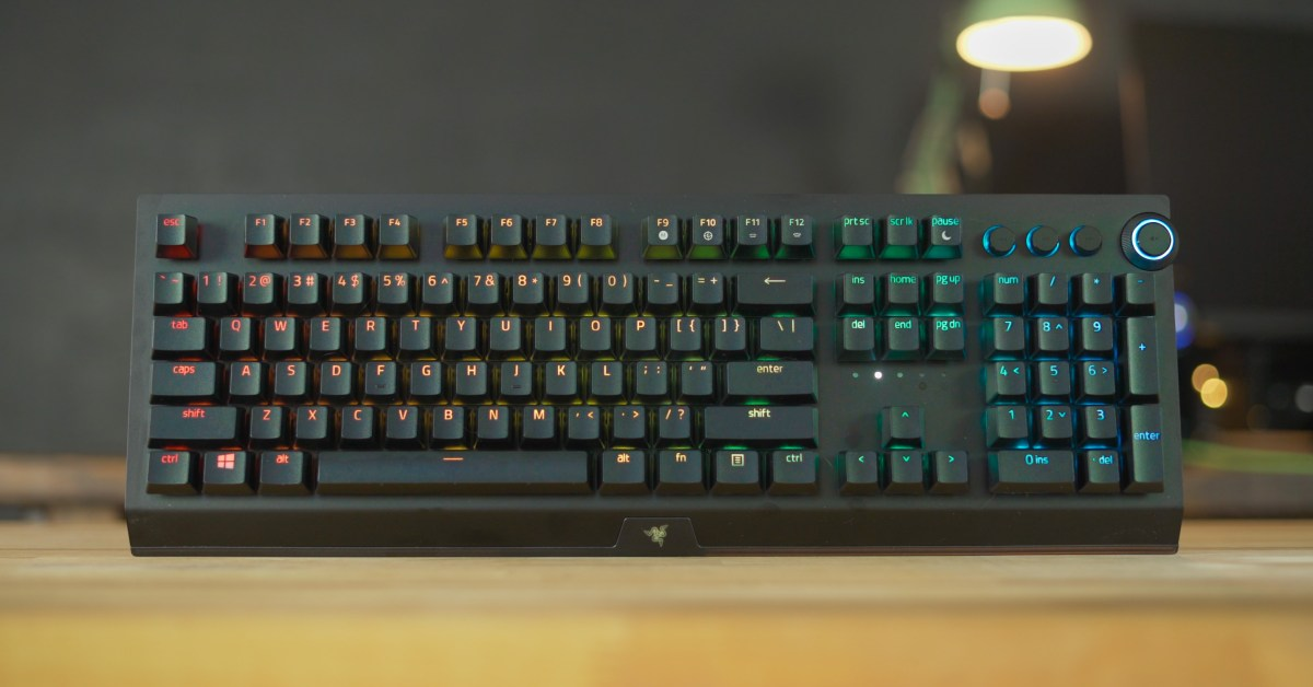 Save up to 50% on Razer's BlackWidow V3 Pro keyboard, mice, and more from $20