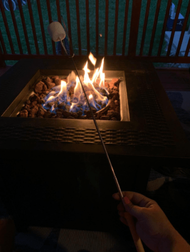 Adoric Marshmallow Roasting Sticks, 8 Pack Roasting Sticks with Wooden Handle 32 Inch Extendable BBQ Forks Telescoping Smores Sticks for Fire Pit, Campfire photo review