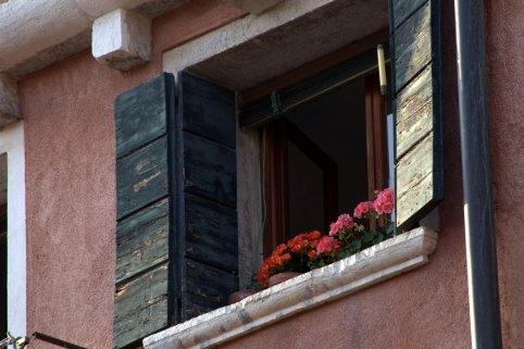 Venice has color
