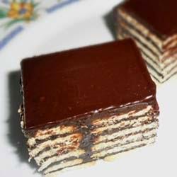 , Resep Membuat Puding Coklat Lapis Biskuit Enak