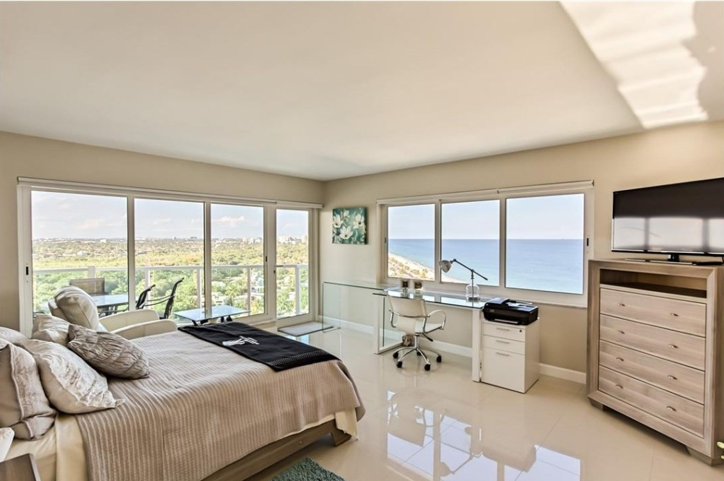 Park Tower Fort Lauderdale 15B SOLD