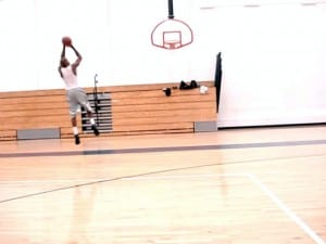 Carmelo Anthony Quick-Hands-Up Crossover Pullup Jumper - Dre Baldwin