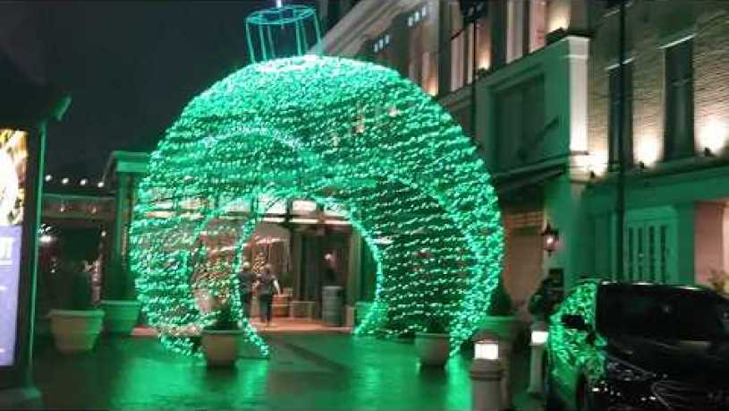 FULTON STREET DOWNTOWN NEW ORLEANS CHRISTMAS LIGHTS