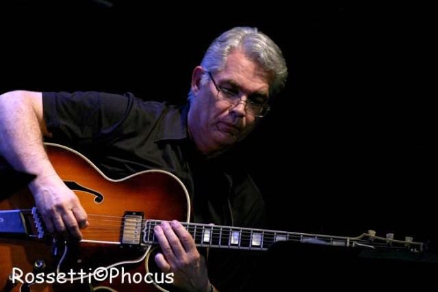 1960©Rossetti:Garrison/guitar2011