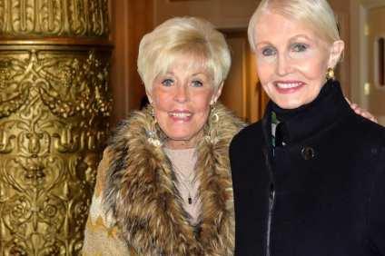 Dorothy Whealan and Hazel Barr