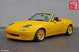 50-6266_Mazda MX5 Miata_Chicago Auto Show yellow Club Racer 01