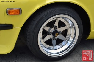 277IP6142-Nissan_Datsun_240Z_S30