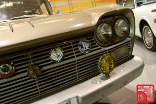30-5815_Nissan Cedric H31