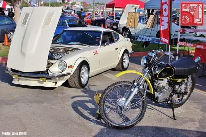 1084-JR1196_Yamaha Motul Datsun 240Z