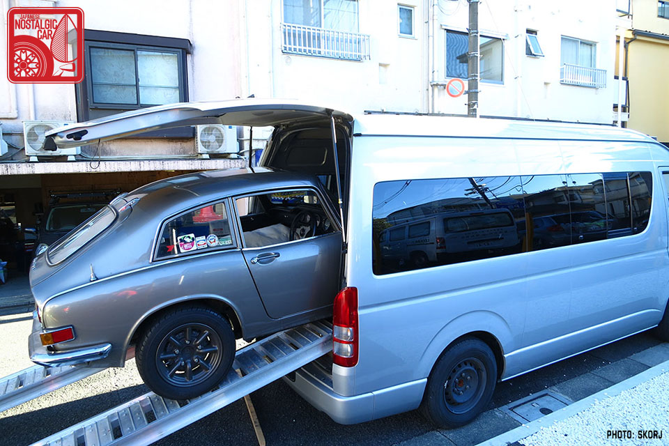 grand touring new use for a toyota hiace japanese nostalgic car. Black Bedroom Furniture Sets. Home Design Ideas