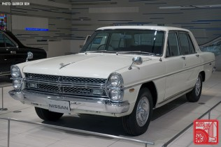 04_Nissan Gloria PA3-