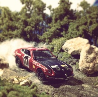 Takupon0816_Datsun 240z Safari Rally diorama