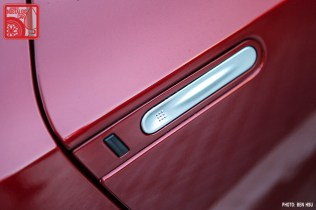 57_NissanGTR-R35_SkylineC10Hakosuka_doorhandle