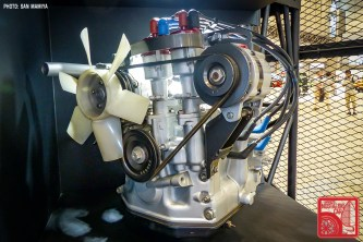 079-P2880786_Mazda Rotary Engine prototype