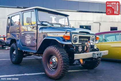 199b-DM8540_Toyota Land Cruiser FJ40