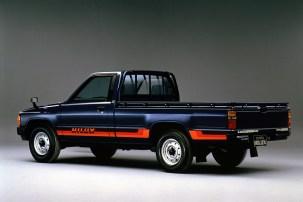 Toyota HiLux N4g 50thAnniv02