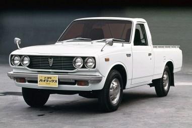 Toyota HiLux RN20 50thAnniv02