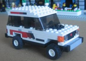 Lego Mitsubishi Pajero Hi-Roof by L-Rides 01