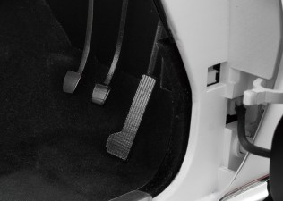 Hachette Toyota Celica Liftback 2000GT model kit pedals