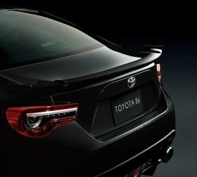 Toyota86BlackLimited-spoiler