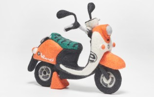 Yamaha Vino scooter needle felt orange01