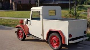 JCCS2020 Datsun 2224 1947 Truck 02