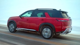 NissanPathfinderR53 launchvideo02